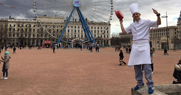 Fastest marathon dressed as a chef