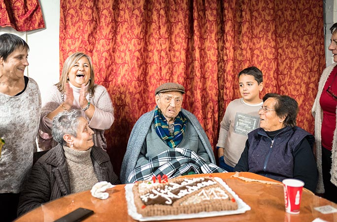 Francisco and his family celebrating his 113th birthday