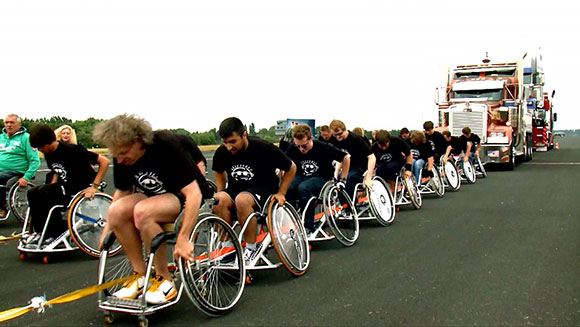 Classics: Heaviest vehicle pulled over 100m by a wheelchair team
