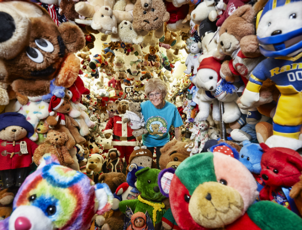 Largest collection of teddy bears 4