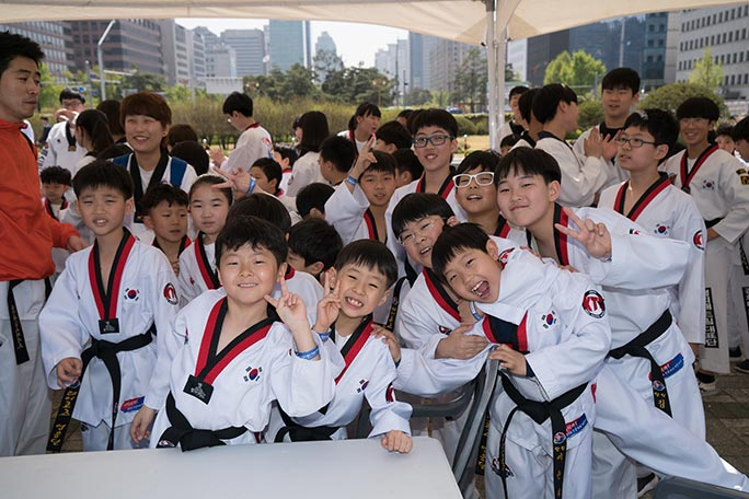 Largest Taekwondo lesson kids