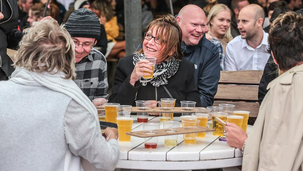 British pub hosts largest cider tasting event