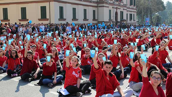 Thousands of kids take part in record-breaking cup percussion ensemble in Albania