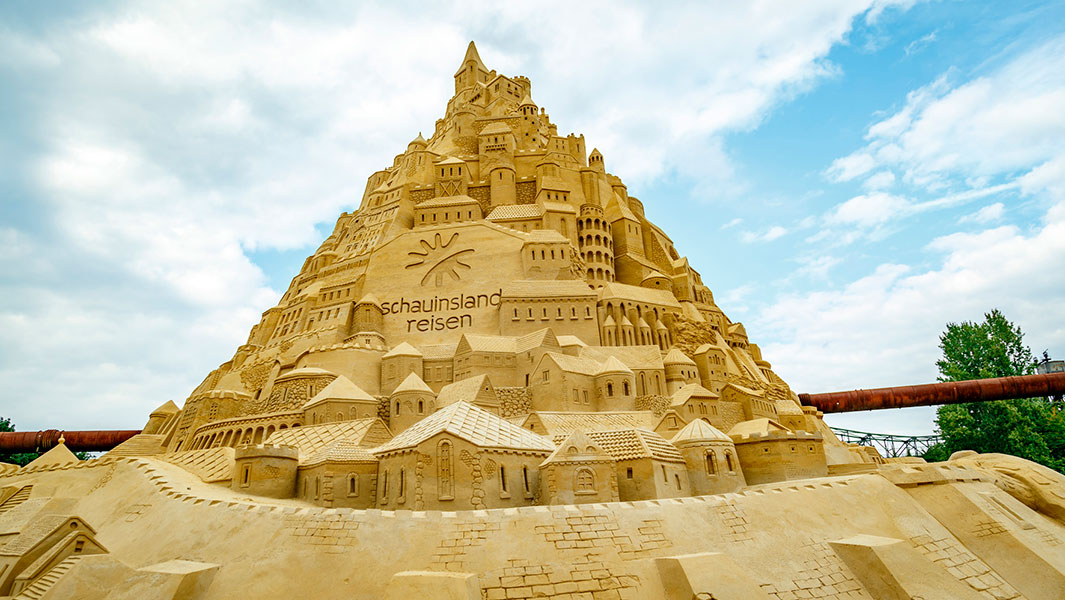 German travel agency Schauinsland-Reisen builds world's tallest sandcastle