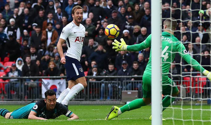 Harry Kane scoring the goal that secured the title for the most Premier League hat-tricks scored in a calendar year by an individual. Credit: Shutterstock