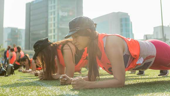 Thousands of women set planking world record for PUMA India's empowering #DoYou campaign
