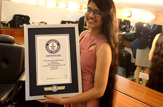 a-gujarat-girl-sets-longest-hair-world-record-5ft-7-inch/