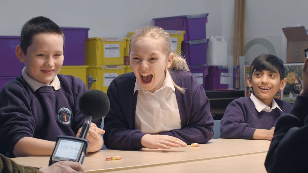 Schoolkids try to beat the record for the world's loudest shout