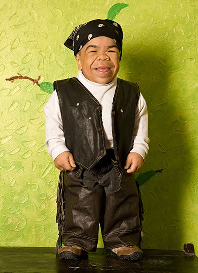 Classics: When Edward Niño Hernandez was declared the ... Worlds Shortest Person