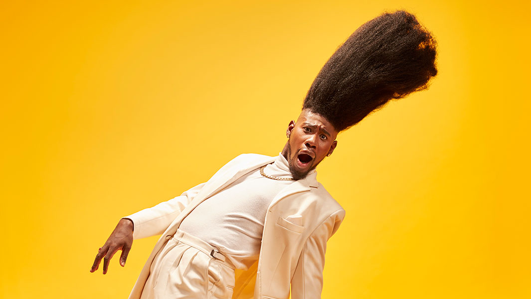Benny Harlem enters the record books with his 20.5 inch high top fade