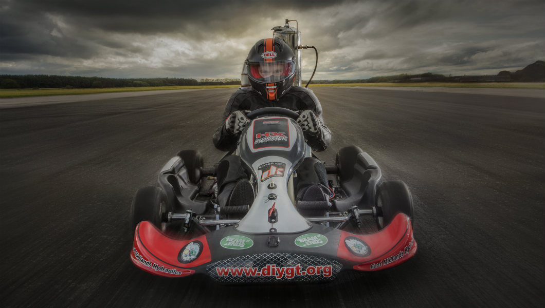 Video: British engineer rockets to new record by achieving 112 mph in jet-propelled go-kart