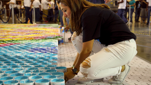 Largest paint can mosaic 5