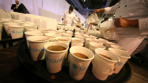 Mexico breaks the record for largest hot chocolate party