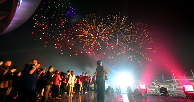 largest-firework-display-2