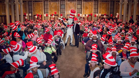 Cat In The Hat inspires New York school kids to set Dr Seuss-themed record