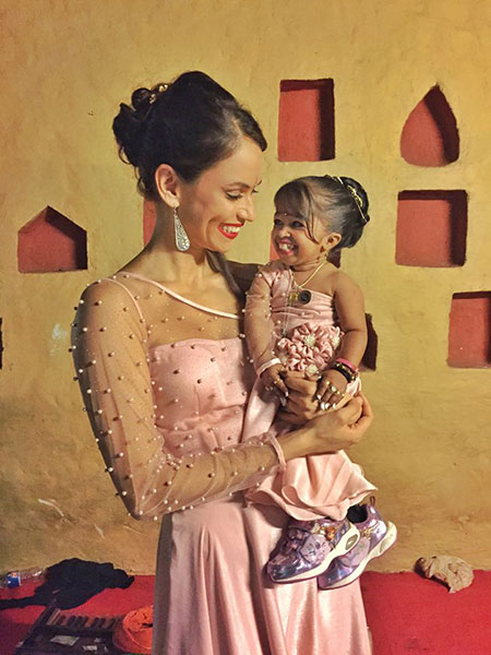 Asha Leo and Jyoti Amge