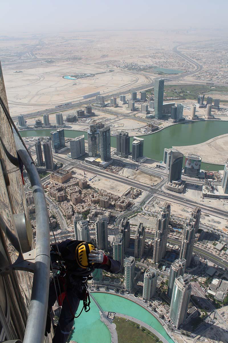 Burj Khalifa: The tallest building in the world   Guinness