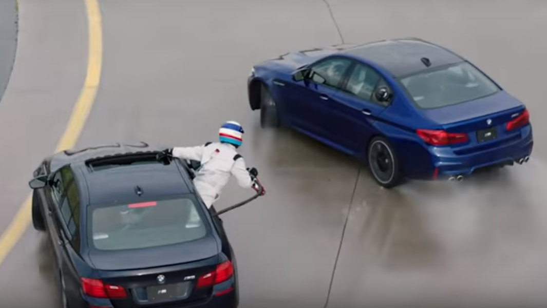 Bmw Sets Two New Records With Help From Amazing Mid Drift Refuelling