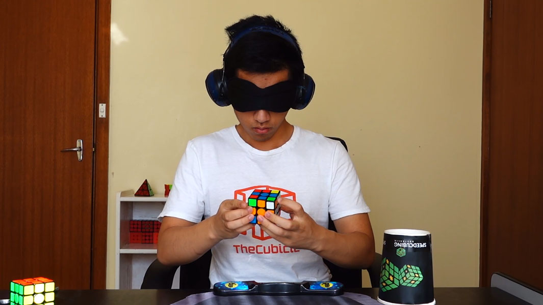 Aussie breaks record for fastest time to solve a Rubik's cube blindfolded