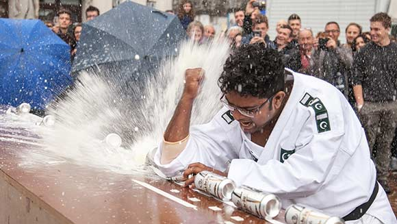Video: Pakistani martial arts expert crushes 77 drinks cans and a world record with his elbow
