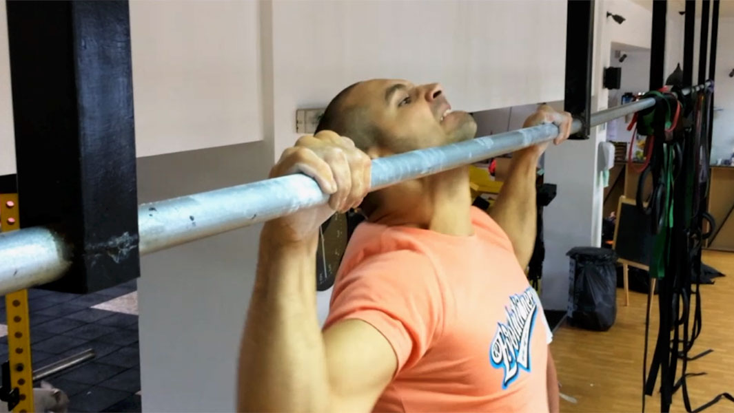 Former Ninja Warrior contender and a personal trainer battle for pull ups record