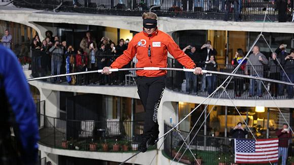 Double tightrope records for Nik Wallenda as daredevil walks