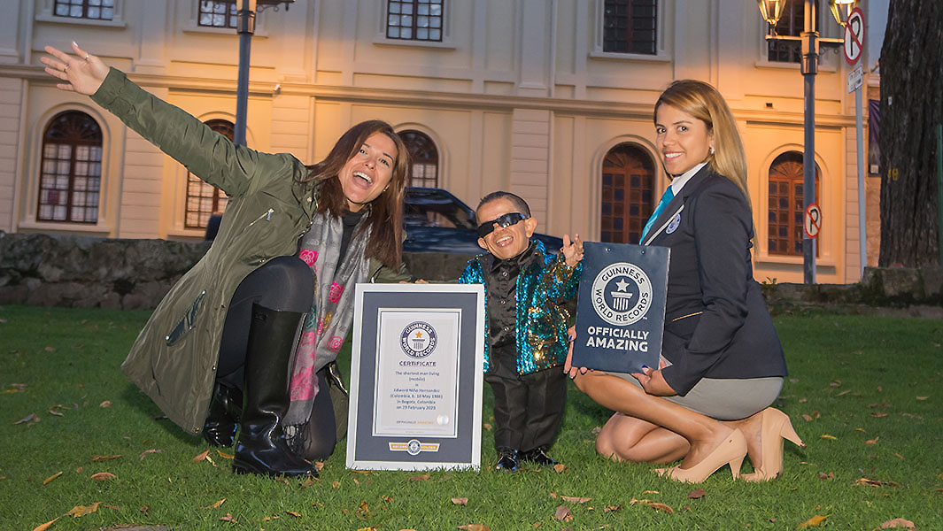 New record holder for the world's shortest man living confirmed as Edward Niño Hernández of Colombia