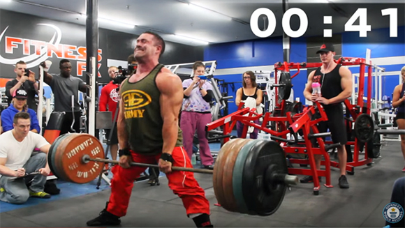Video: Watch Canadian bodybuilder destroy world record for