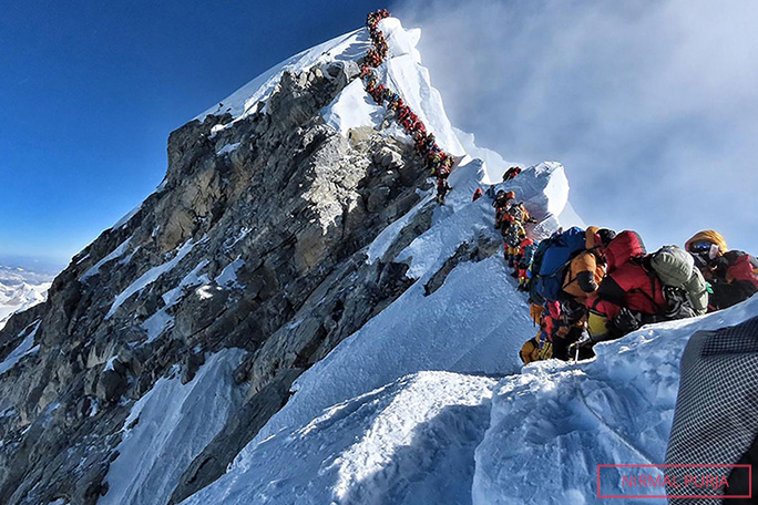 traffic-jam-of-climbers-near-summit-of-everest-in-2019