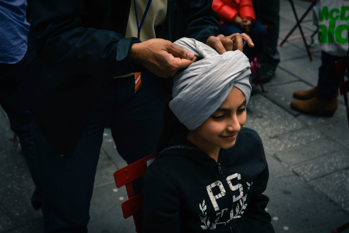 Most turbans tied in 8 hours 3