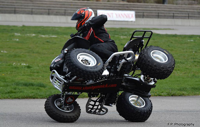Longest individual ATV side-wheelie