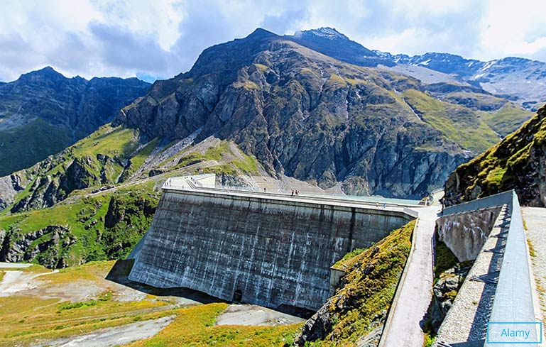 Highest concrete dam