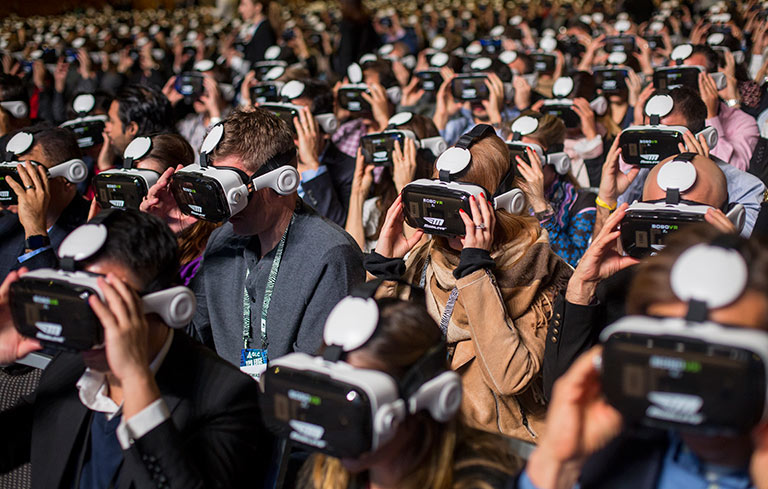 Most people using virtual reality displays